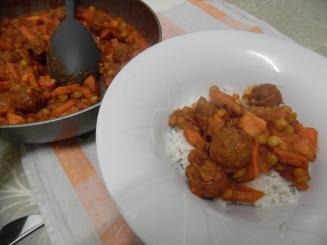 gehaktballetjes in milde curry