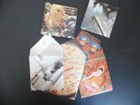envelop gemaakt van pagina's uit een tijdschrift